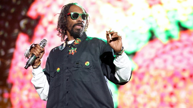 Snoop Dogg's Pockets Are Bursting with Weed and Cash and Norway Can't Handle It
