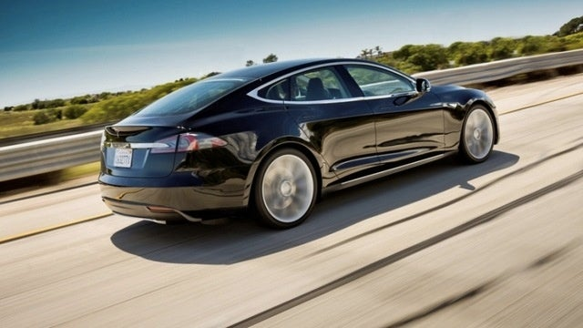 Tesla Cuts Revenue Forecast Over Model S Production Issues, Have Lost $864.9 Million Since Founding