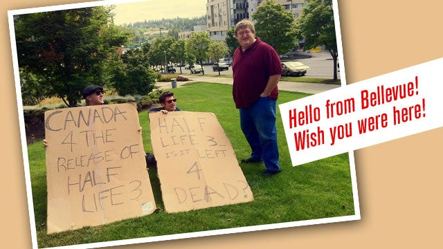Fan Pleas for Half-Life 3 Enter Negotiating-via-Cardboard Phase
