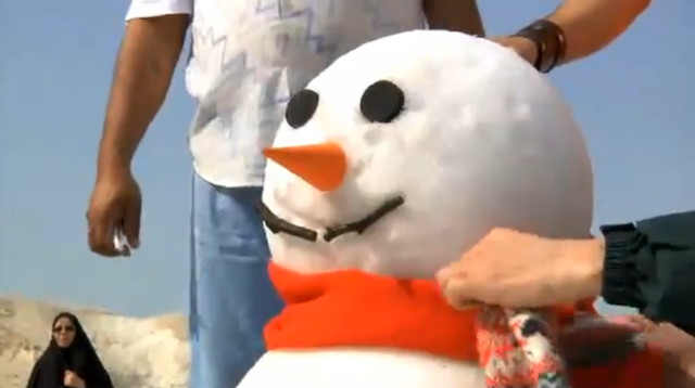 This Snowman Survived A Journey To The Desert—In A Cardboard Box