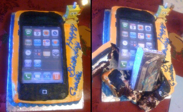 This iPhone Cake Has Real iPhone 4 Stuffing