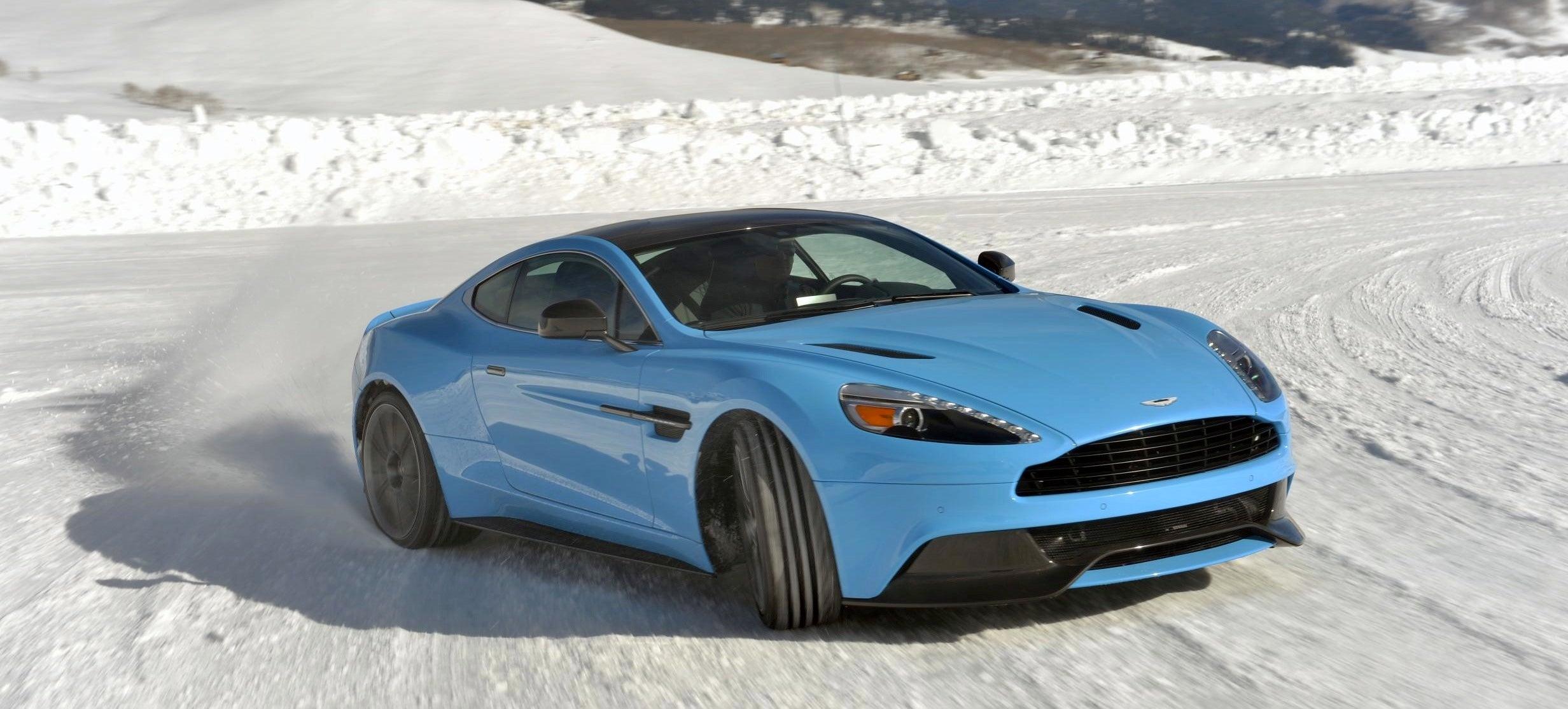 Aston martin clase de hielo