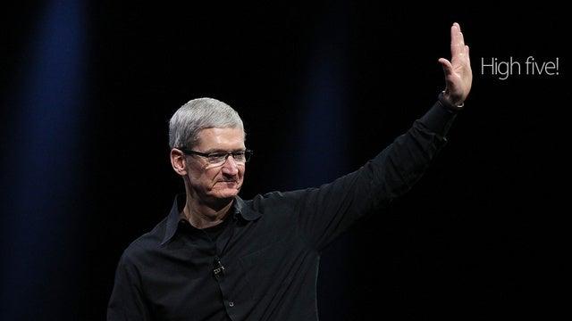 Apple CEO Tim Cook Shuts Down Anti-Environmental Investors