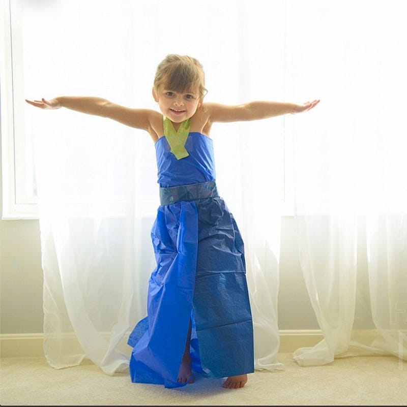 4-Year-Old Fashion Designer (and Her Mom) Return With Oscar Fashions