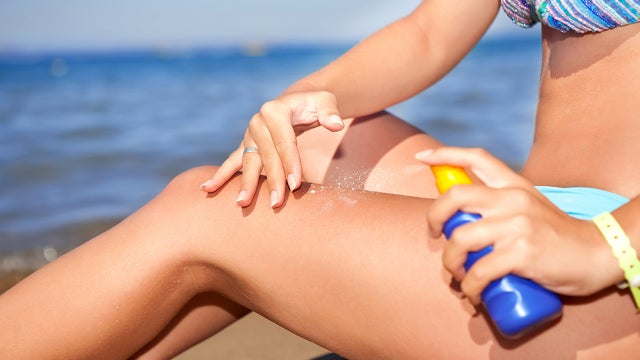 UV Wristband Helps Prevent Sunbathers From Burning