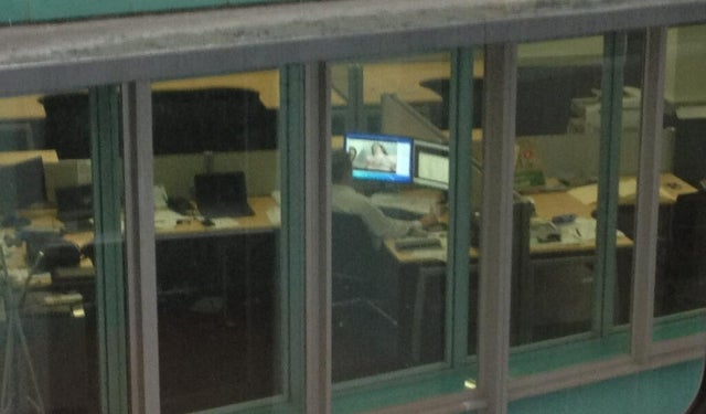 Photo of Man Caught Watching Porn at Work Goes Viral on Twitter