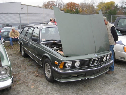 BMW 733i Wagon Gallery