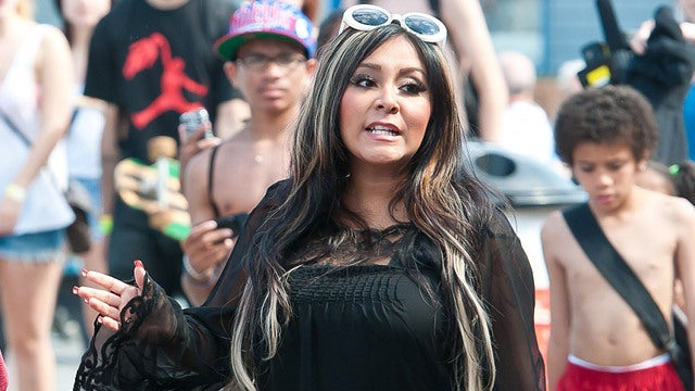 Obvious Snooki Nude Pics Are Obviously Snooki, Snooki's Rep Confirms
