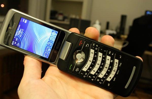 BlackBerry Pearl Flip Review