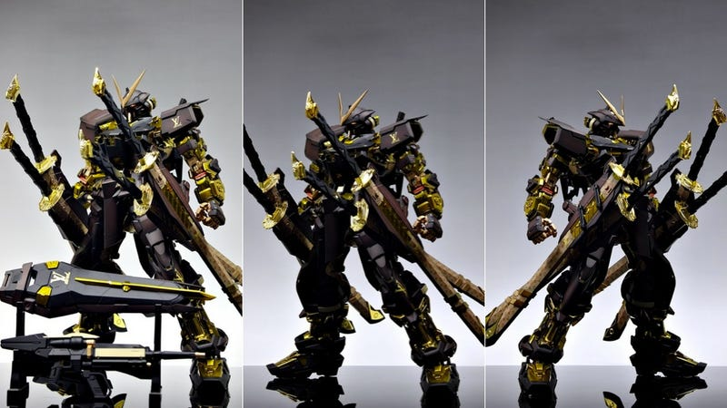 Meet The Most Fashionable Badass Mecha on Earth