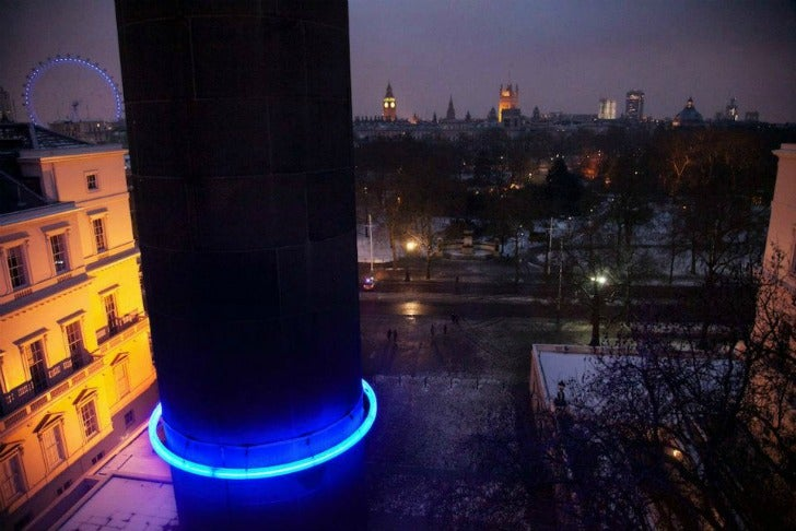 Glowing rings around London's monuments show how high sea levels could rise