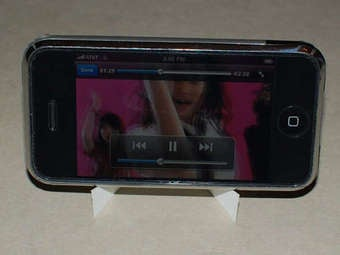 Nine DIY Docks for Your Non-iPhone