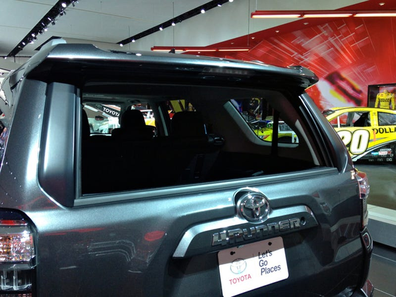 Best & Worst Truck Features From The 2014 Detroit Auto Show