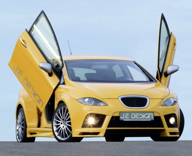 Oh, Those Doors Again: JE Design Seat Leon