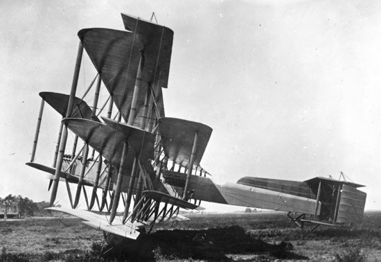 15 Early Airplanes With More Wings Than a Bucket of Fried Chicken