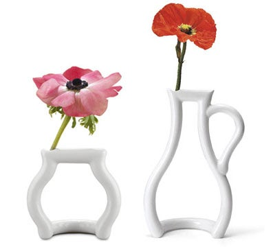 Outline Vase Might Make Mom Smile