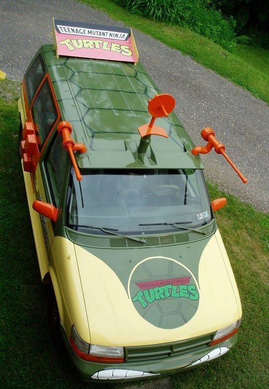 How A Co-Ed Built The Van From Teenage Mutant Ninja Turtles