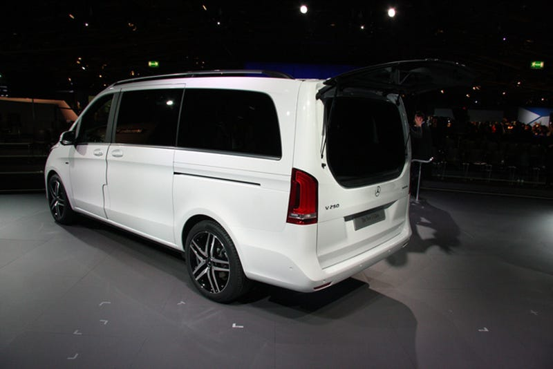 The New Mercedes-Benz V-Class Is The S-Class Of The Minivans