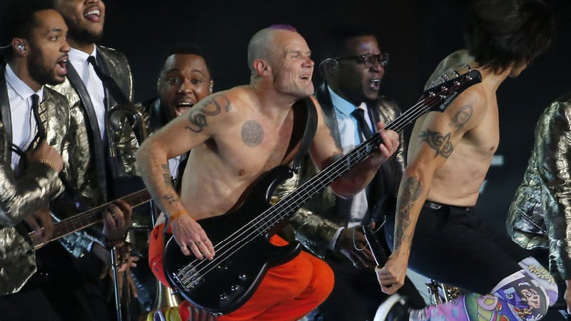 Chili Peppers Bassist Owns Up to Faking Super Bowl Half Time
