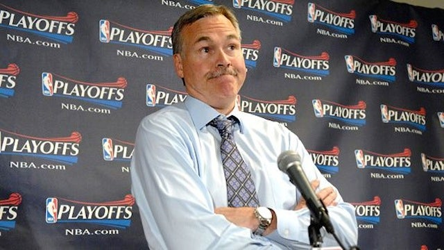Mike D'Antoni Resigns As Knicks Coach