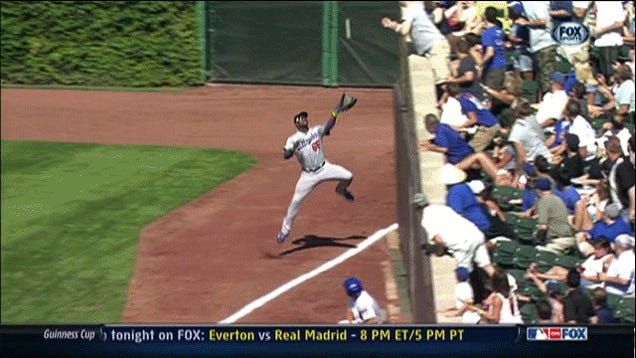 Yasiel Puig Made An Incredible Catch Of A Foul Ball