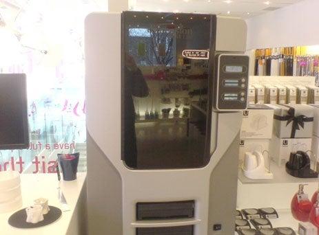 Umbra Concept Store Gets a Replicator