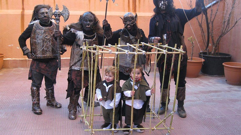 Tiny Lord Of The Rings Cosplay Is Very, Very Precious