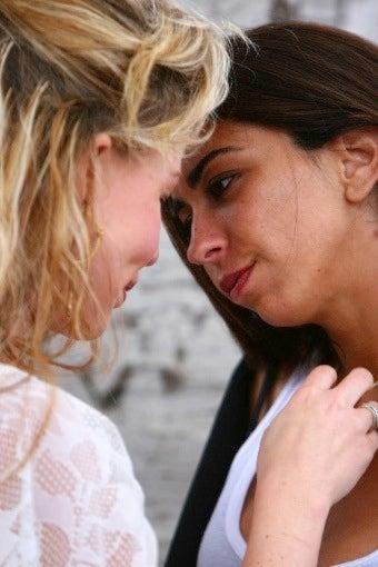 Yahoo's Lesbian 'Don Juan' Backhands Lindsay Lohan