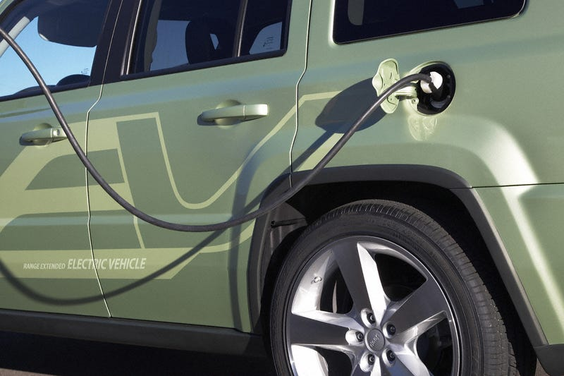 Jeep Patriot EV: A Conceptual Electric Missile From Chrysler