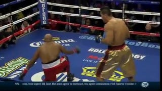 Jumpin' Jehoshaphat, Take A Look At This Goddamned 7-Foot Chinese Boxer