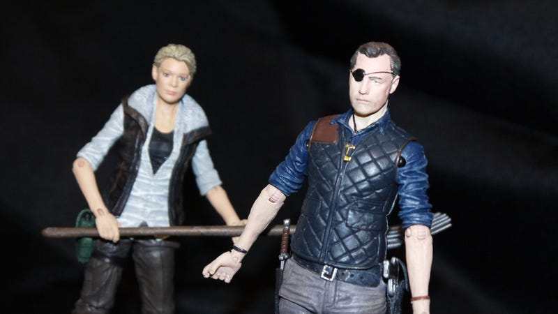 Hunting Down The Fourth Season Of The Walking Dead Action Figures
