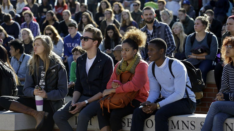 Mizzou Prof Offers Resignation After Encouraging Students to Attend Class Despite Reported Threats