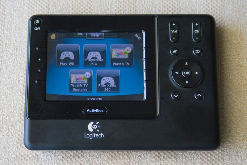 Logitech Harmony 1100 Touchscreen Universal Remote