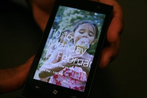 Windows Phone 7 Hands-On Pics