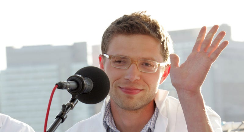 Notorious Fabulist Jonah Lehrer Wants to Apologize (So You'll Buy His Book)