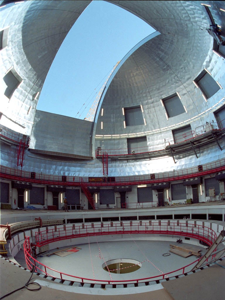 World's Largest Telescope Opens its Eye in Canary Islands