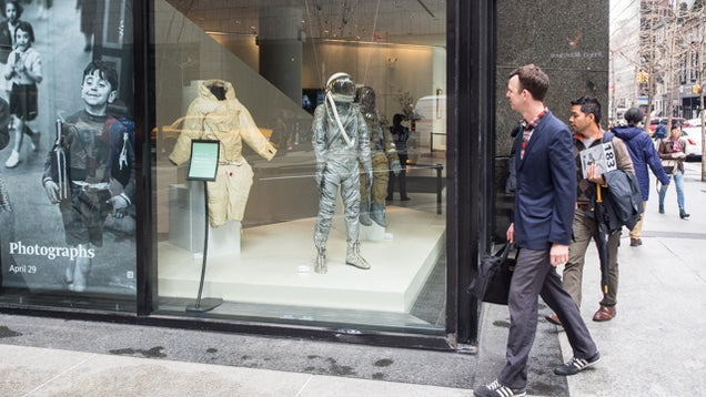 Buying Pieces of the Space Race at Bonhams' Space History Auction