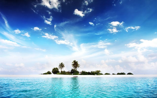 Take Your Desktop to Paradise with These Private Island Wallpapers
