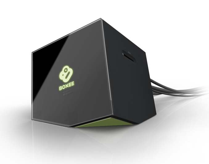 First Shots of Boxee Box