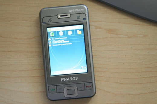 Pharos GPS Phone 600 Hands-On: Rarely Get Lost Again