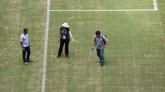 Zöldre festik a manausi stadion gyepét, ahol az angol–olasz lesz