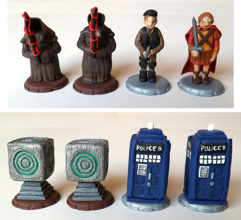 Homemade Doctor Who chess set turns Matt Smith into a king, the TARDIS into a rook