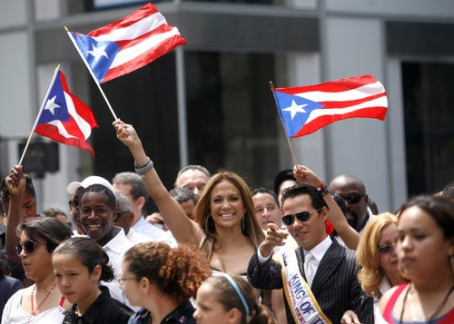 Puerto Rican Day Parade Gives Jennifer Lopez Something to Smile About, Finally