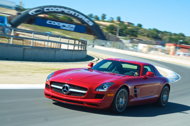 Mercedes SLS AMG: First Drive Photos