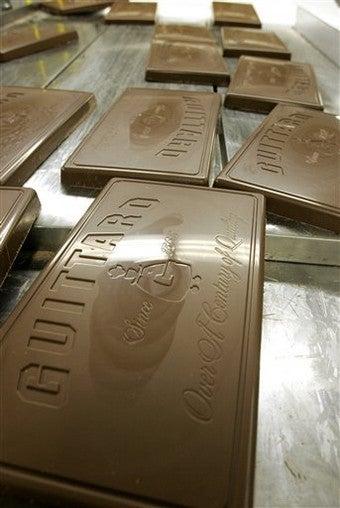 British Spa Creates Chocolate-Covered People