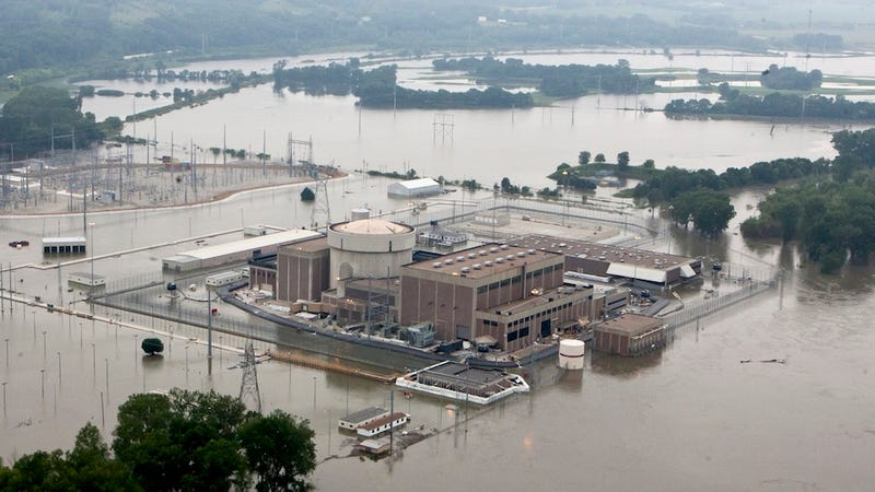 This Nebraska Nuclear Power Plant Is Surrounded by Floodwaters