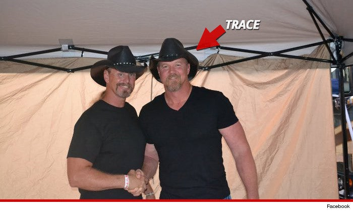 Country Star Drunkenly Brawls With His Own Impersonator