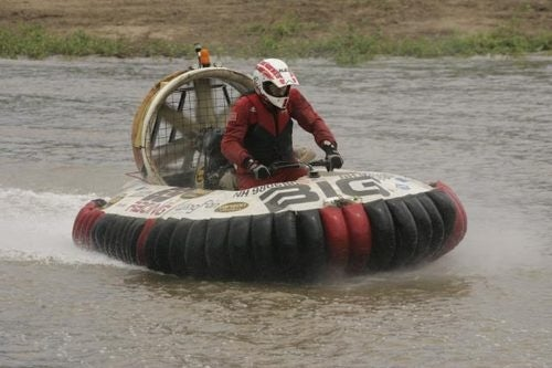 Hovercraft Racing: The Loudest Motorsport You Didn't Know About