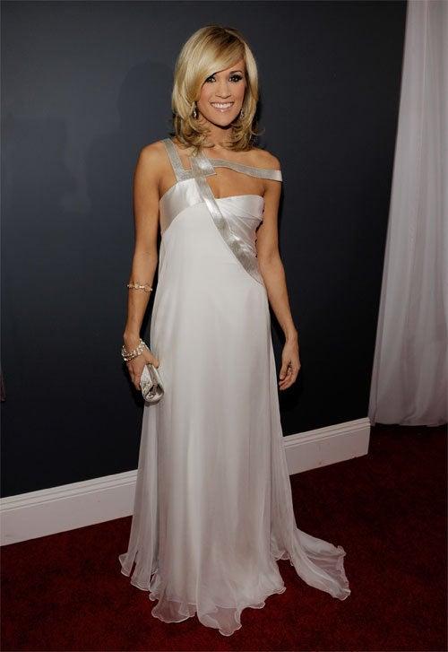 Carrie, Under Strap