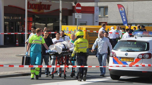 7 Killed And 17 Wounded In Dutch Shopping Mall Shooting